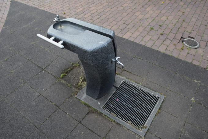 噴水広場付近の水飲み場・手洗い場
