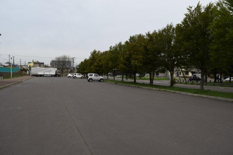 恵み野中央公園駐車場