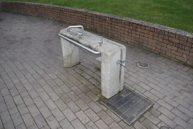 わんぱく広場の水飲み場・手洗い場