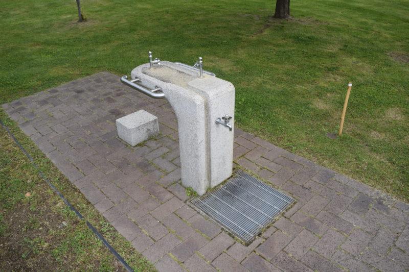 森のふしぎ館の水飲み場・手洗い場