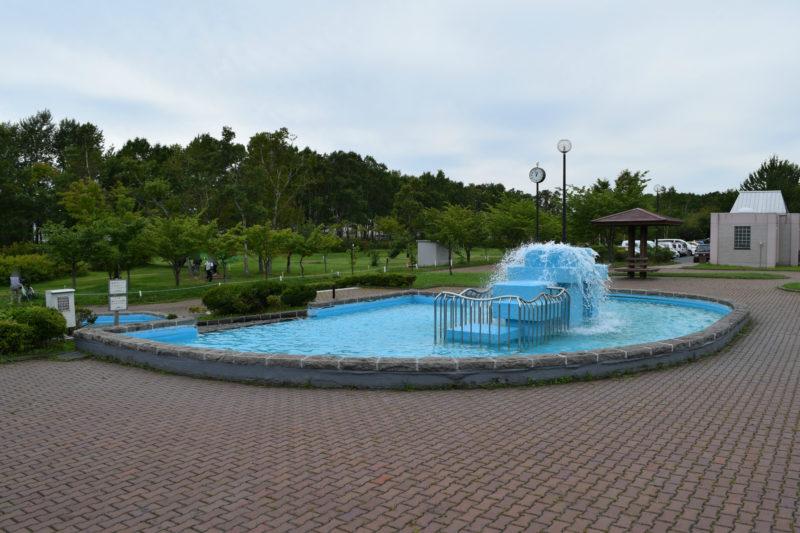 柳町公園噴水広場