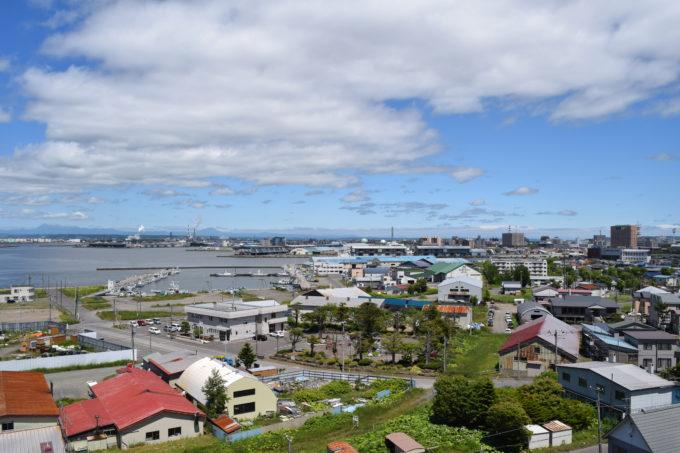 東港区と中央埠頭