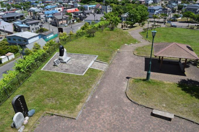 米町展望台からの米町公園内