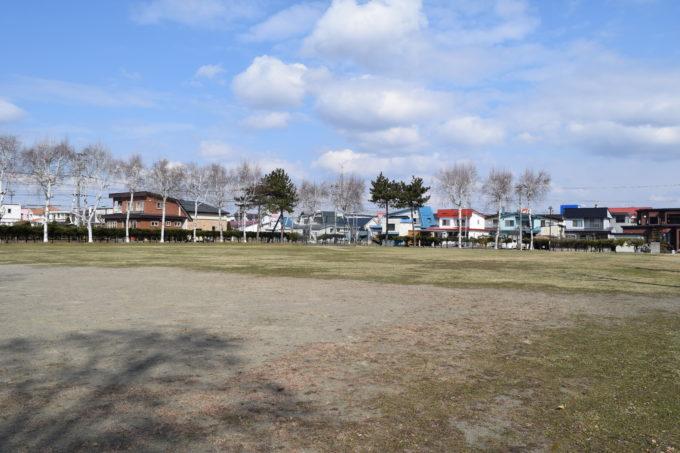 啓西公園野球場