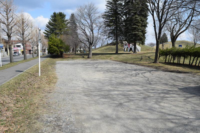 白樺公園駐車場