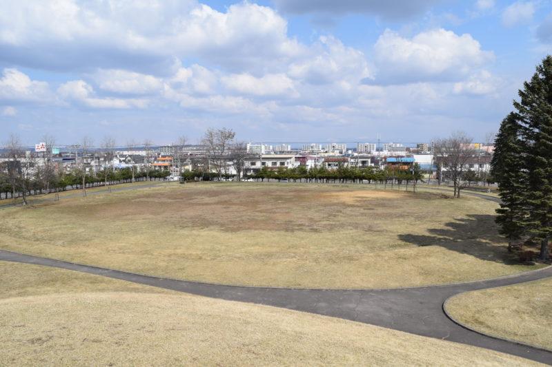 白樺公園多目的広場