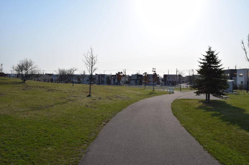 明日風公園の遊歩道