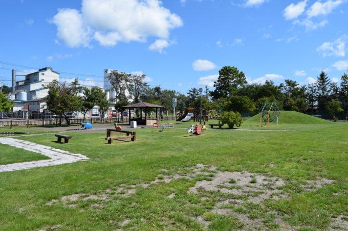 標茶カバ公園