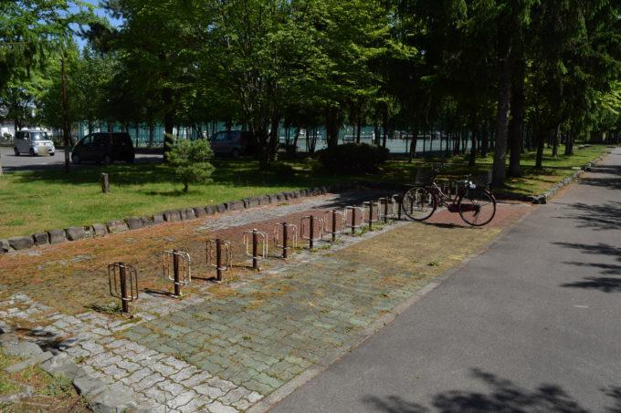 末広中央公園駐輪場