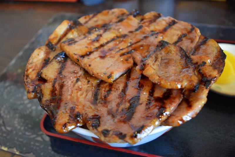 ぶたいちロース豚丼大盛