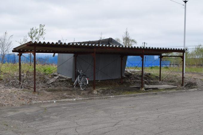 十弗駅の自転車置き場