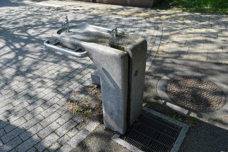 子供の森付近にある水飲み場・手洗い場