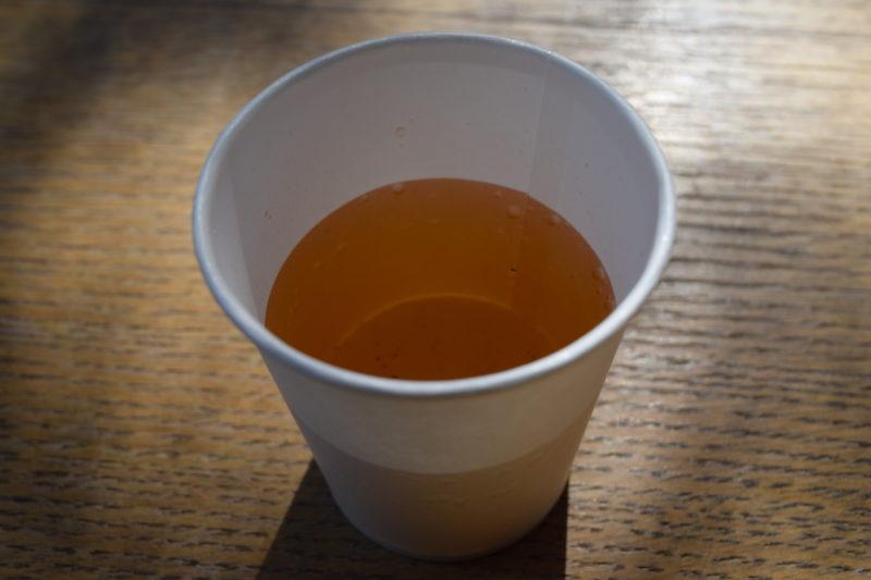 六花亭神宮茶屋店の参拝者向けのお茶