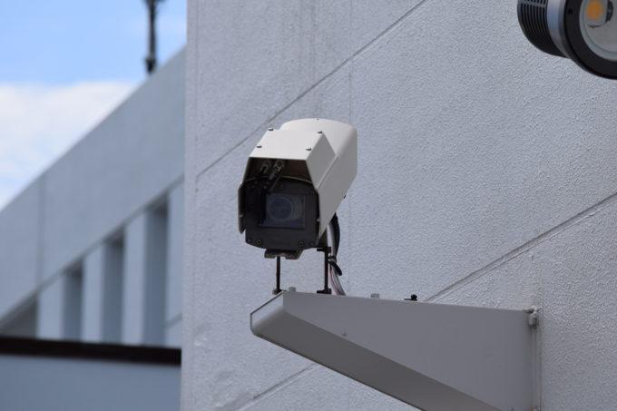 丘珠空港送迎デッキにある監視カメラ