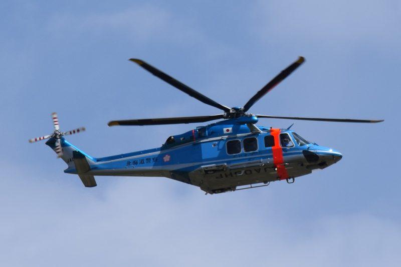 北海道警察ヘリコプター「だいせつ2号」