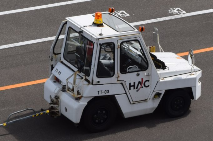 トーイングトラクター(TT車)
