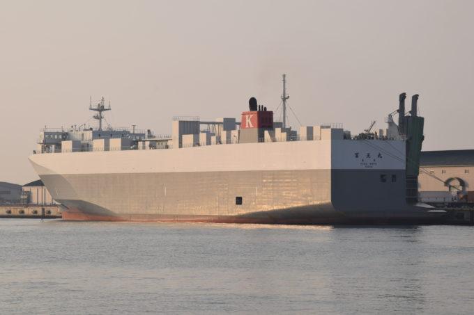 川崎近海汽船の新造RORO船「冨王丸」
