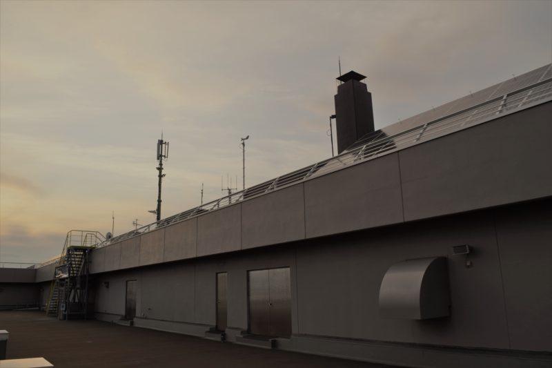 苫小牧西港フェリーターミナル屋上