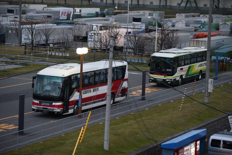 北海道中央バスと北都交通のバス車両