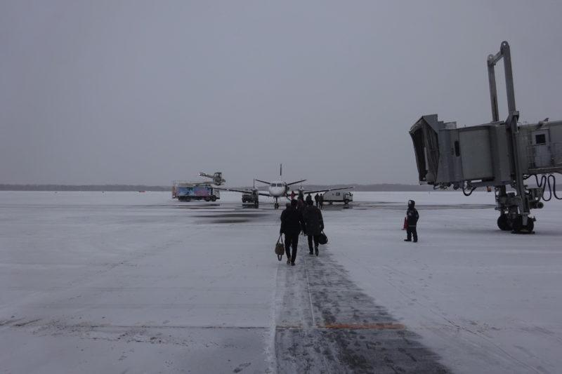 雪の釧路空港