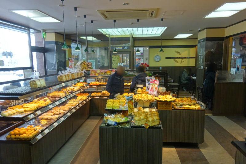 レフボンJR釧路店店内