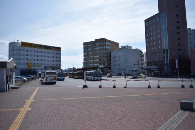 釧路駅前バスターミナル