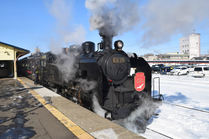 SL冬の湿原号の蒸気機関車はC11形機関車「C11 171」