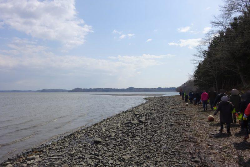 アサリ漁場まで徒歩で移動