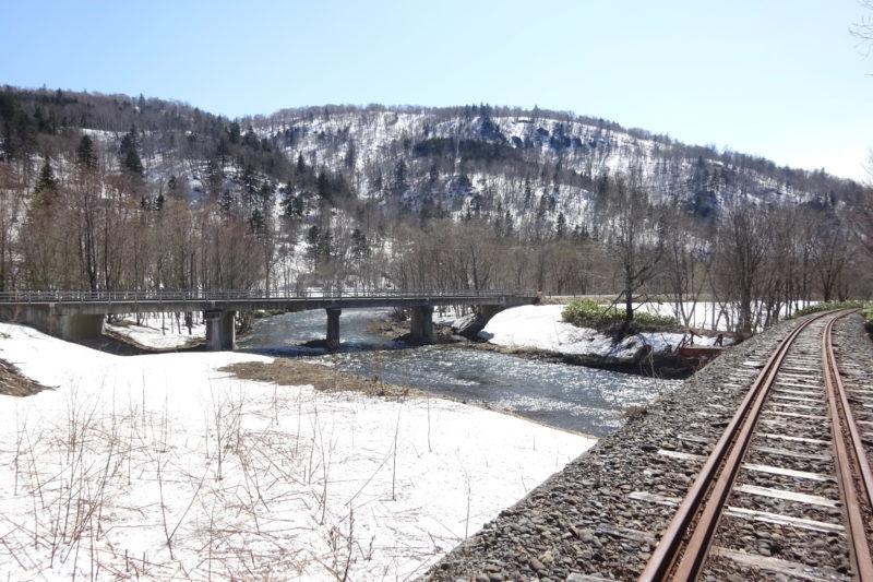 ペンケニウプ川と第一仁宇布橋