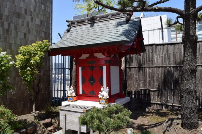 札幌三越三囲神社の祠