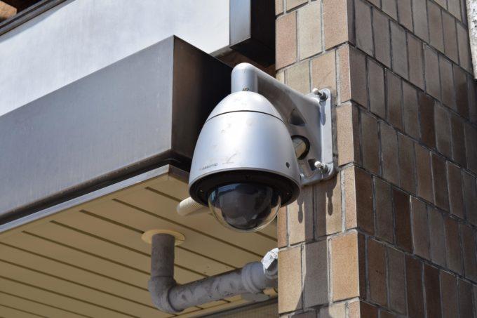 パナソニックのドーム型カメラ
