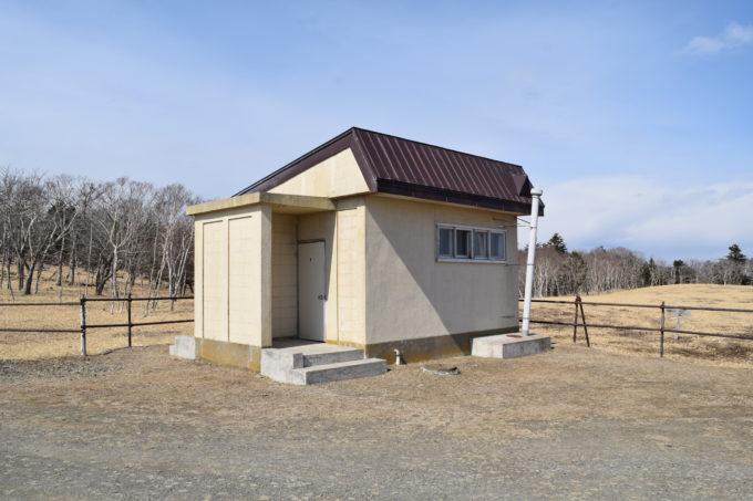 尻羽岬駐車場のトイレ